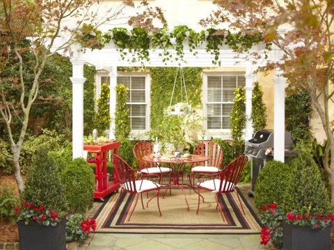 How to Decorate a Small Patio Picture