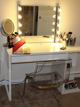How to Design the Perfect Vanity Area Picture
