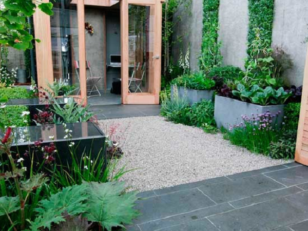 5-Amazing-Urban-Garden-Designs-Picture