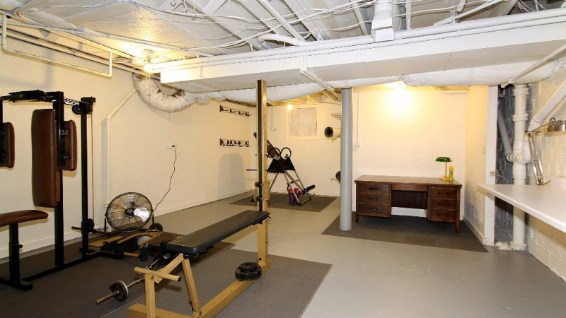 Practical-Ideas-for-Your-Garage-Picture